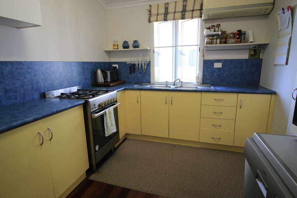 38 Topton St, Alva QLD 4807, Image 1