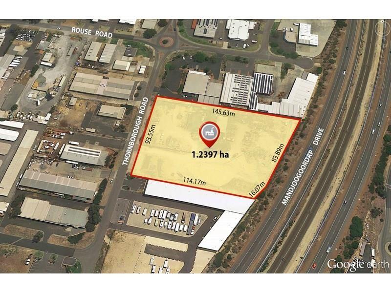 28 Thornborough Road, Greenfields WA 6210, Image 0