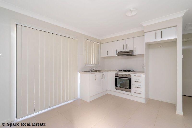 2 Holdsworth Street, Oran Park NSW 2570, Image 1
