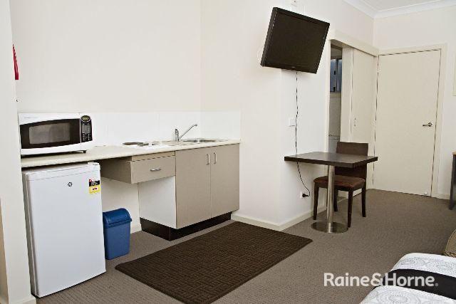 8/197a Browning Street, Bathurst NSW 2795, Image 1