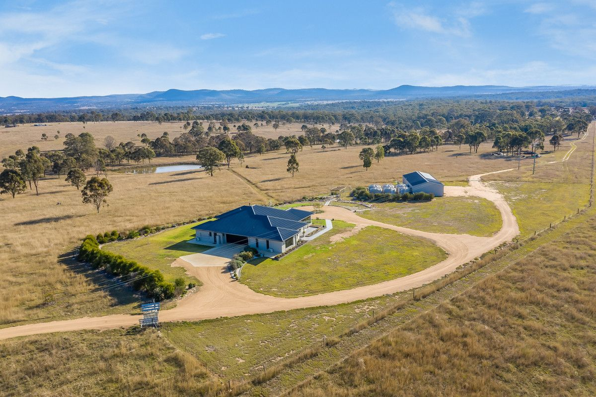 90 Cobons Road, Loch Lomond QLD 4370, Image 2