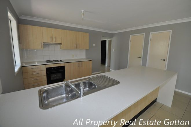 Picture of 33 Andrews Court, REGENCY DOWNS QLD 4341