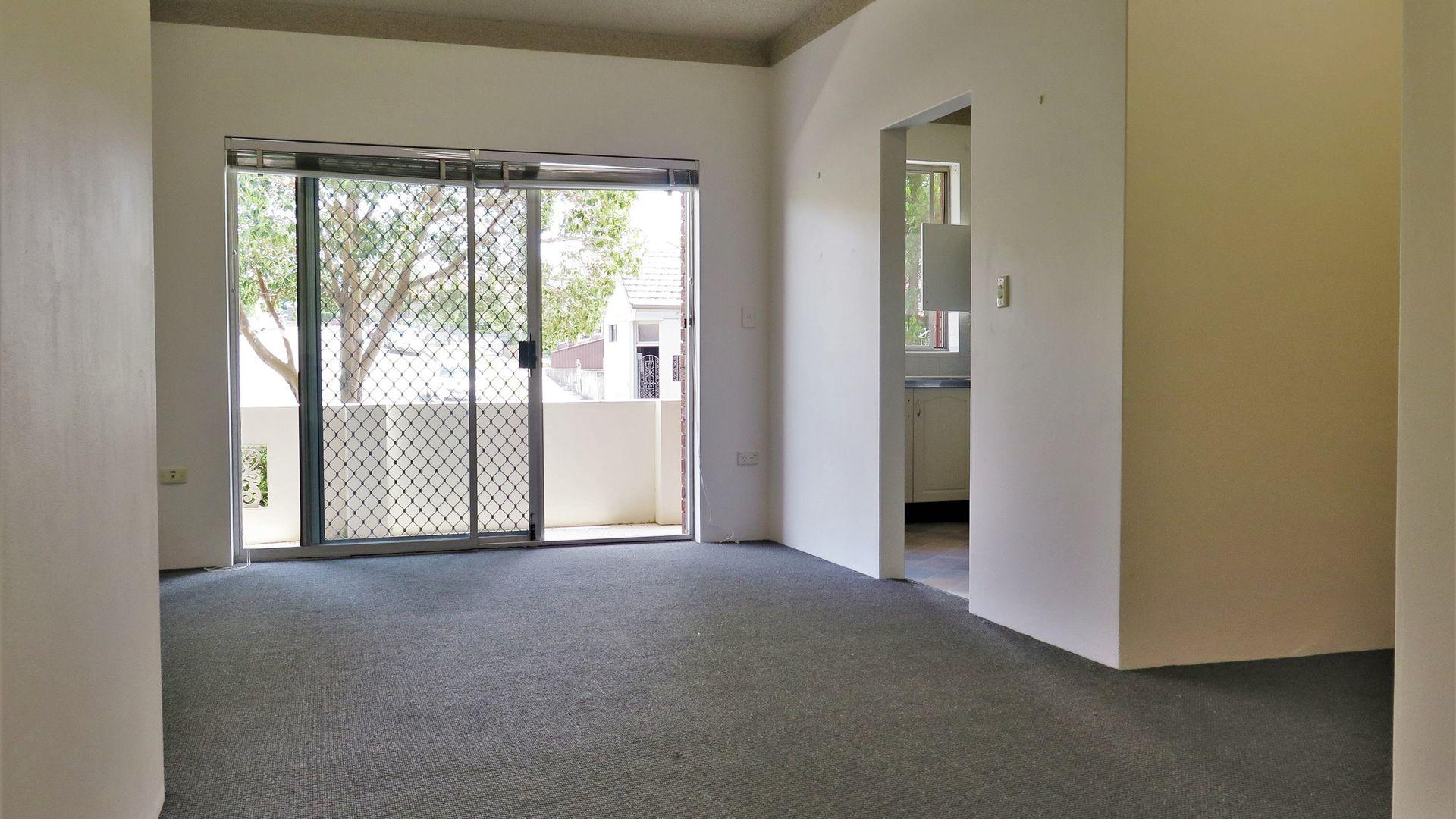 2/30 Guinea street, Kogarah NSW 2217, Image 1