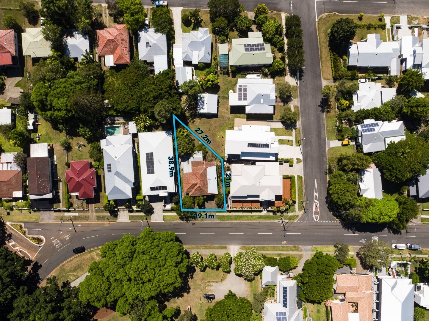 12 Brisbane Corso, Fairfield QLD 4103, Image 2