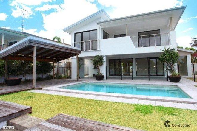 Picture of 225 Stanhill Drive, CHEVRON ISLAND QLD 4217