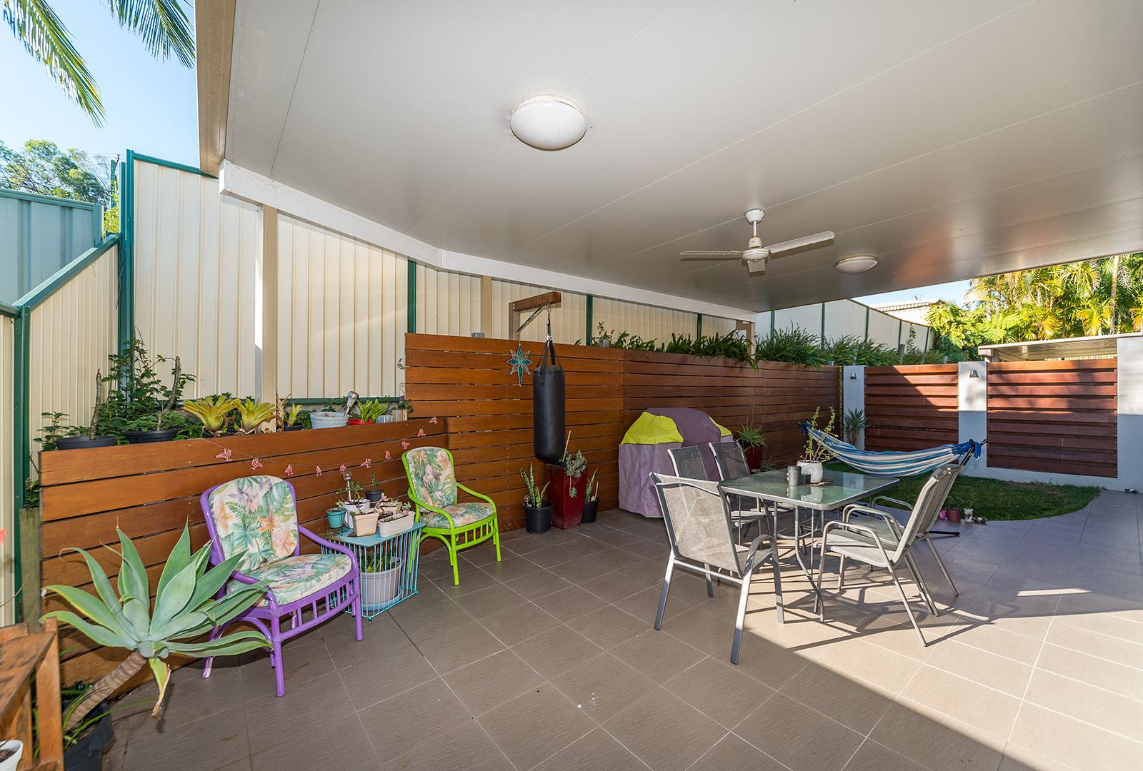 2/9 Orkney Place, Labrador QLD 4215, Image 2