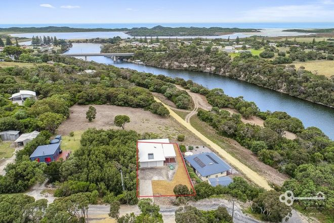 Picture of 27 Moonah Avenue, NELSON VIC 3292