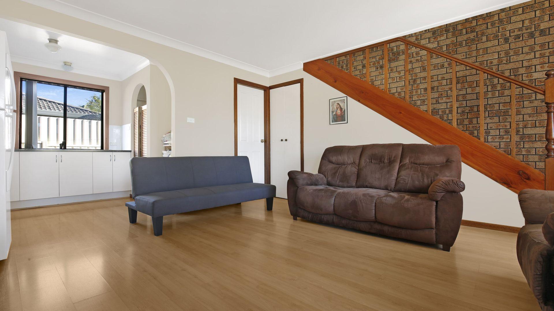 1/38 Alandale Avenue, Figtree NSW 2525, Image 2