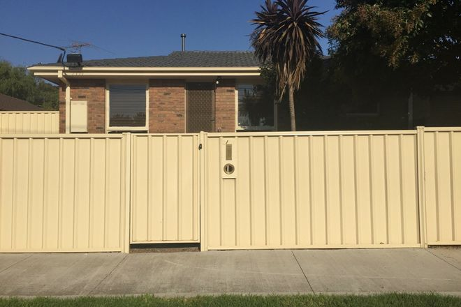 Picture of 1/22 Centre Avenue, WERRIBEE VIC 3030