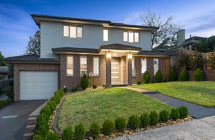 Picture of 1/10 James Avenue, Mitcham VIC 3132