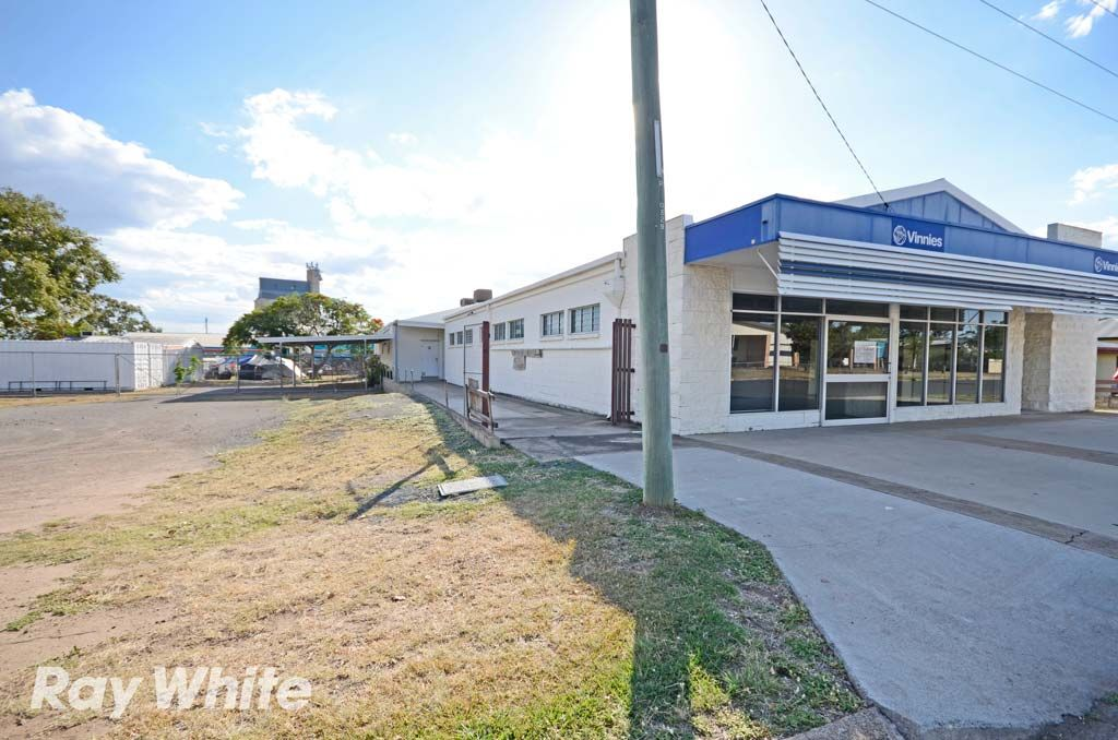 125-127 Kariboe Street, Biloela QLD 4715, Image 1