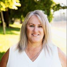 Leah Elford, Sales representative