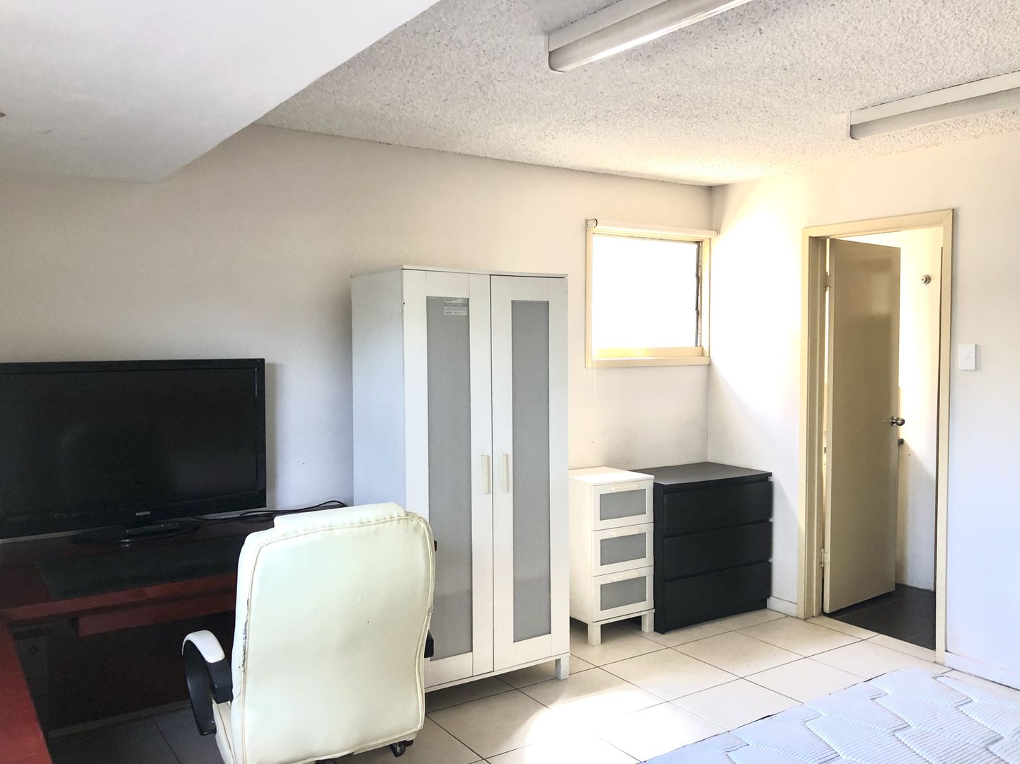 Room 2/1/333 Milton Road, Auchenflower QLD 4066, Image 0