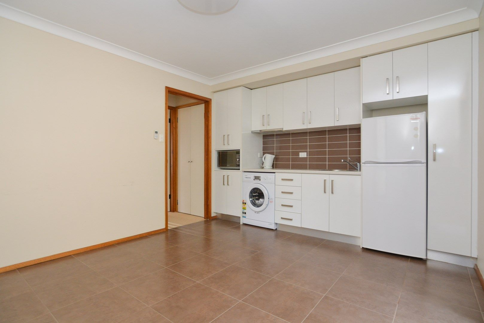 2/7 Spectrum Road, North Gosford NSW 2250, Image 0