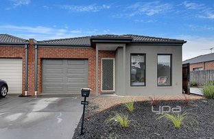Picture of 4/49-55 Rosella Avenue, Werribee VIC 3030