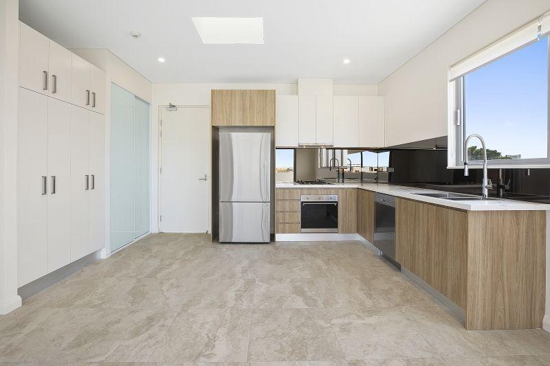3 Bedrooms/21-27 William Street, Alexandria NSW 2015, Image 2