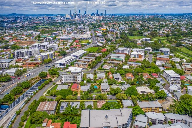 Picture of 21a - 27 Windsor Avenue, LUTWYCHE QLD 4030