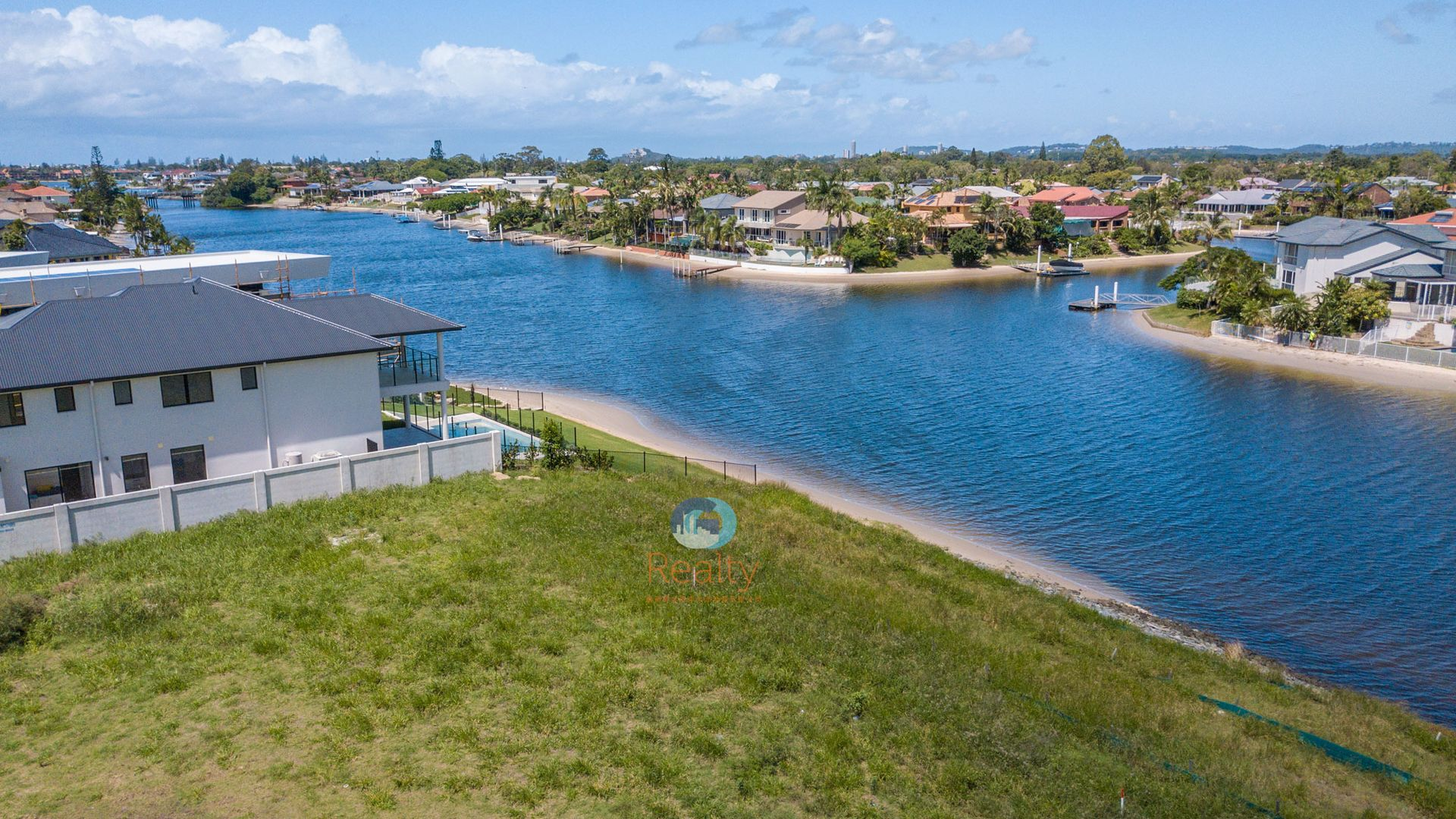 8, 68 Lakeview Boulevard, Mermaid Waters QLD 4218, Image 1