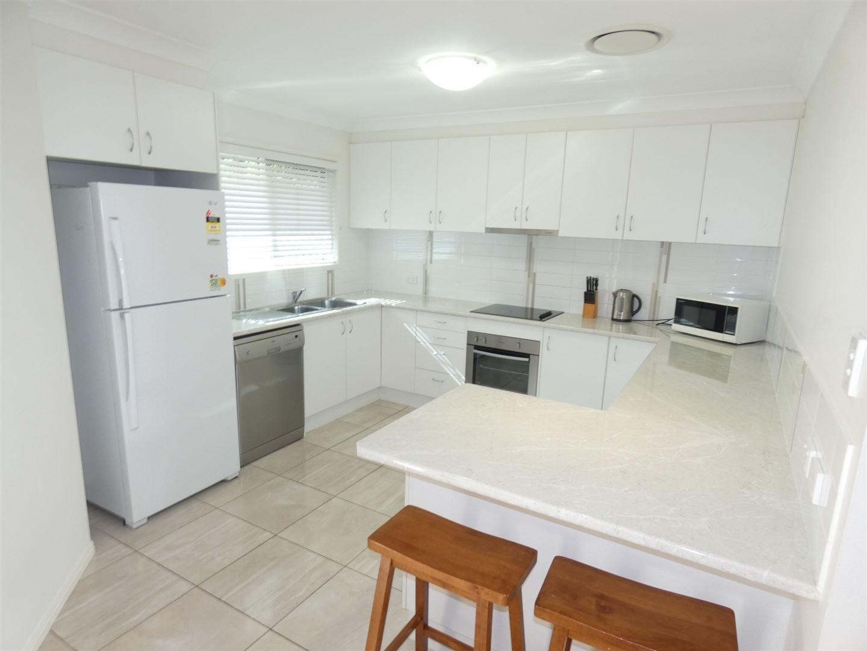2/12 Heeney Street, Chinchilla QLD 4413, Image 0