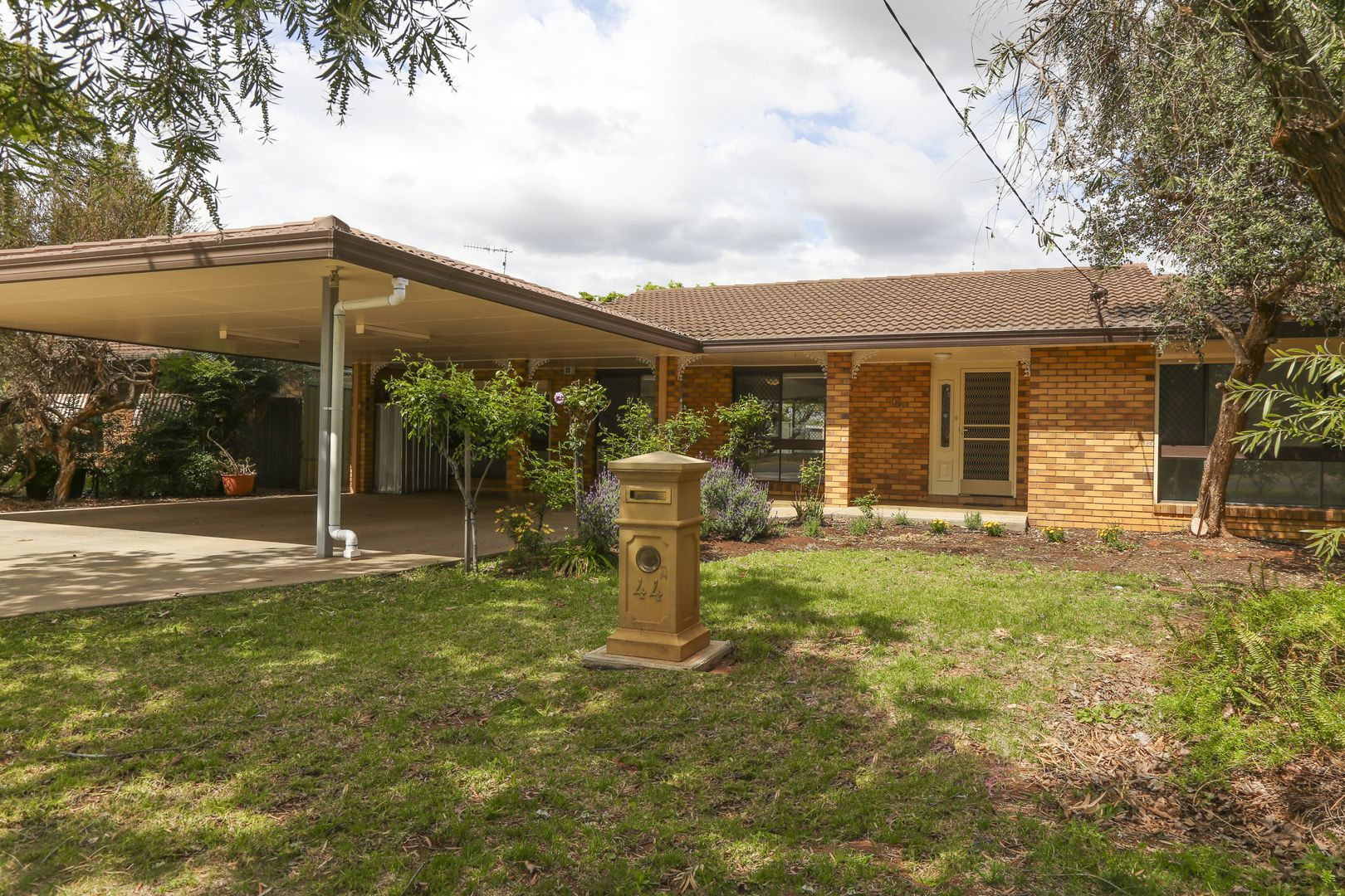 44 Merrigal Street, Griffith NSW 2680, Image 0
