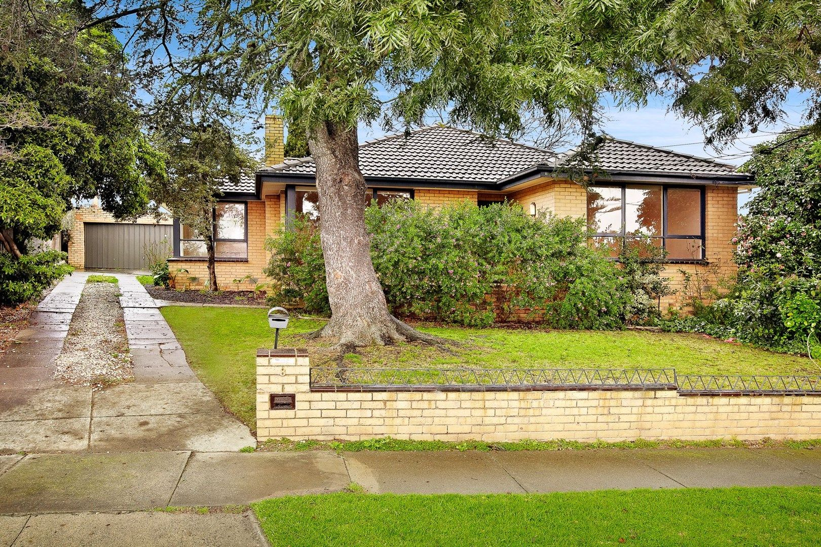8 Ithaca Court, Chadstone VIC 3148, Image 1