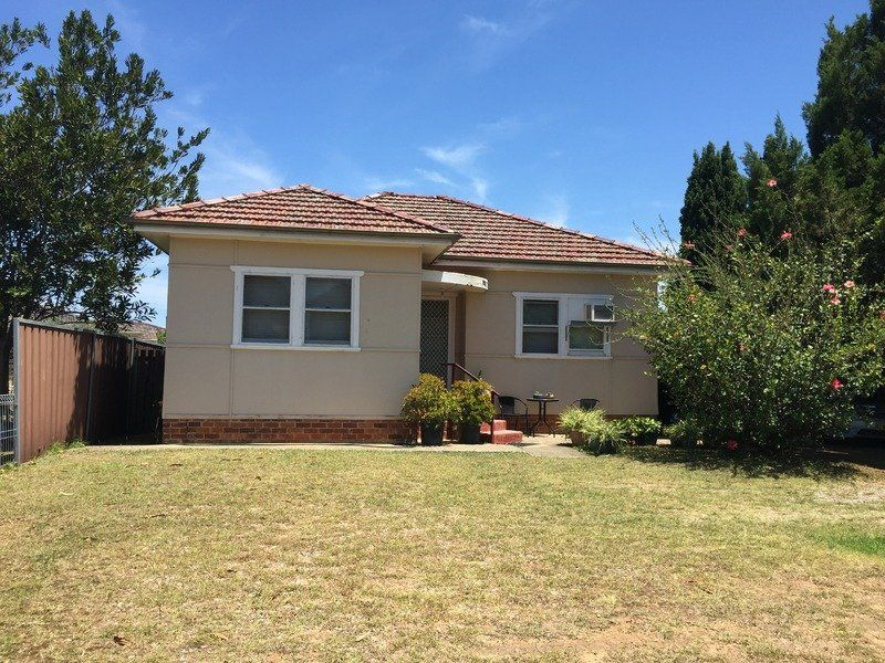 10-12 Restwell Road, Bossley Park NSW 2176, Image 0