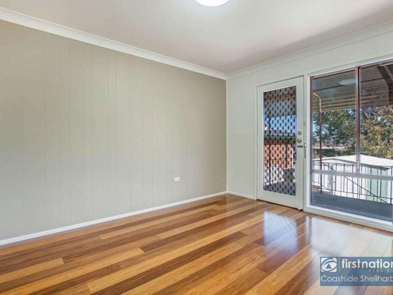 4 Avery Avenue, Mount Warrigal NSW 2528, Image 2