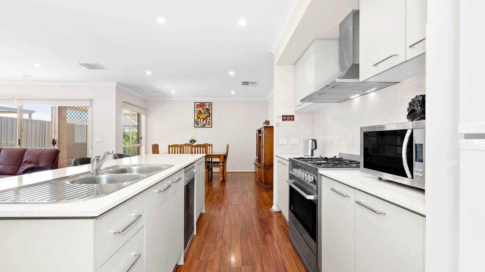 8 Allambee Drive, Harkness VIC 3337, Image 1