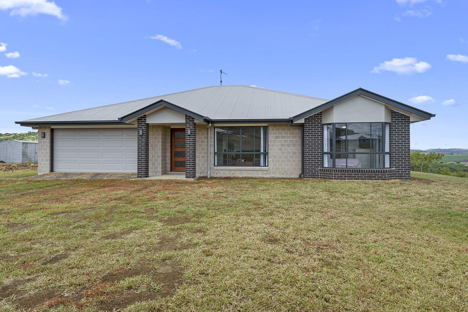8 Sunshine Way, Kingsthorpe QLD 4400, Image 0