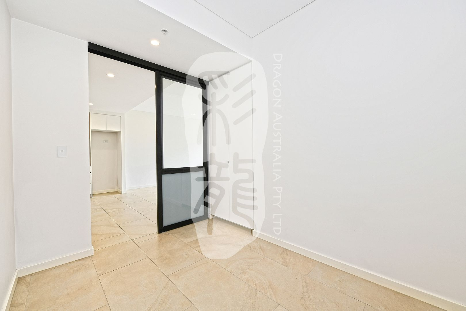602/2F Wentworth Park Road, Glebe NSW 2037, Image 1