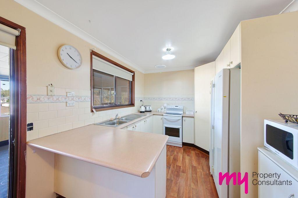 9 Silica Crescent, Eagle Vale NSW 2558, Image 2