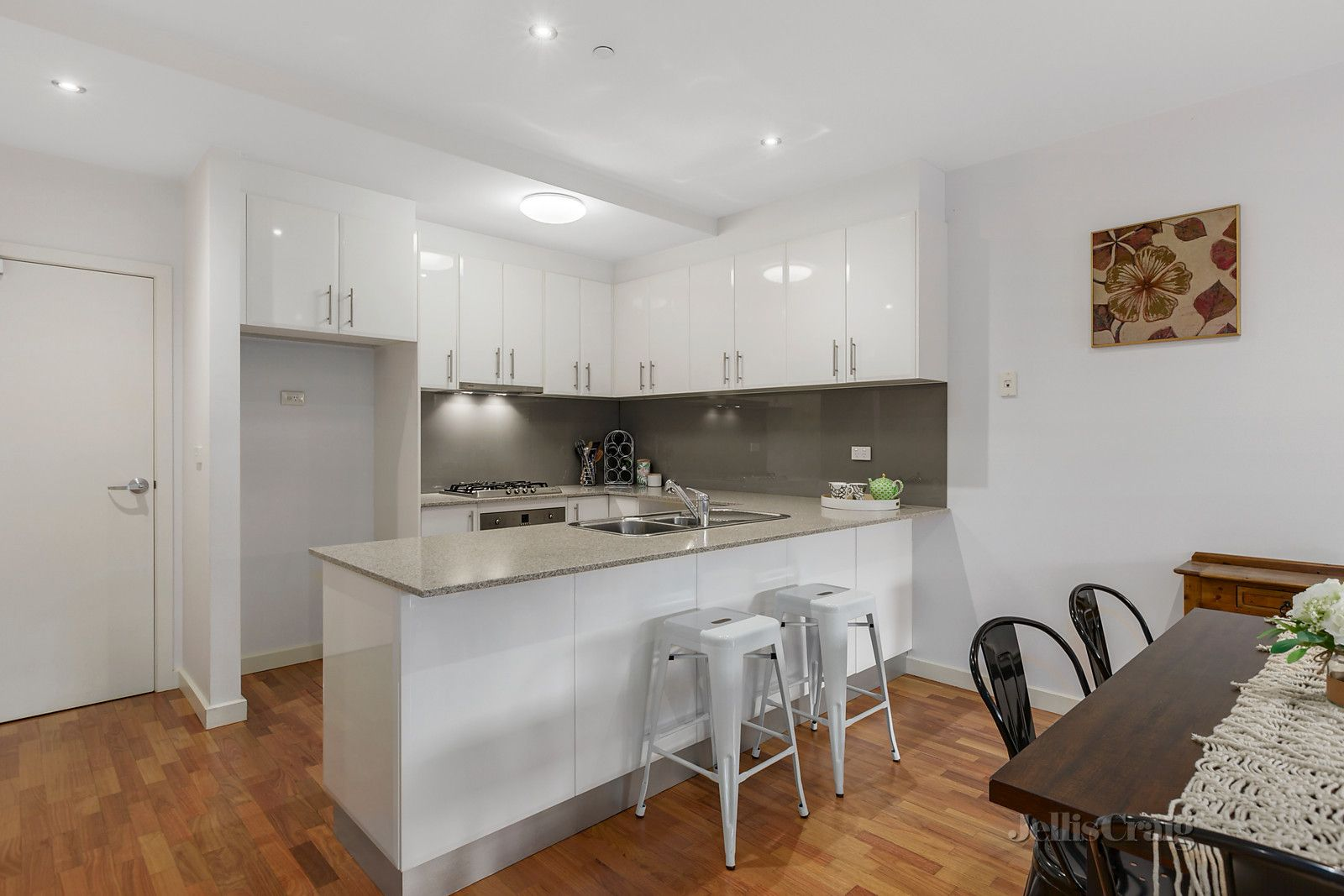 8/107 Whittens Lane, Doncaster VIC 3108, Image 0
