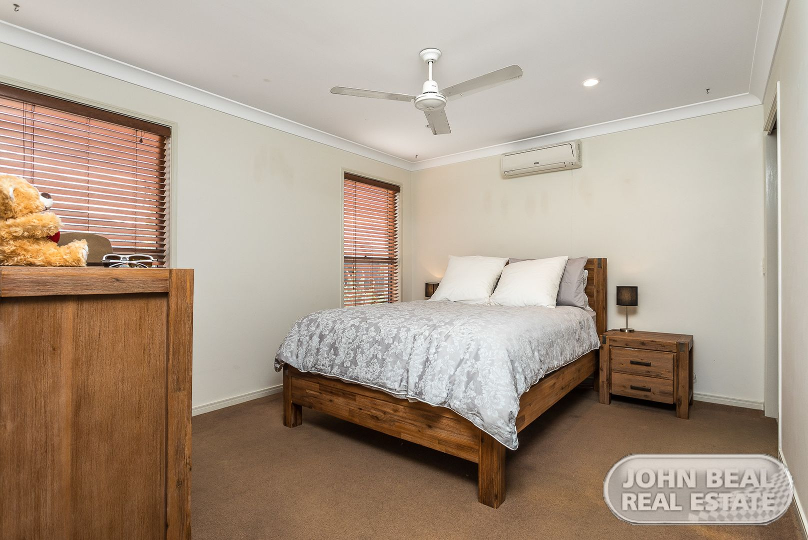 8 Scenic Dr, Murrumba Downs QLD 4503, Image 2
