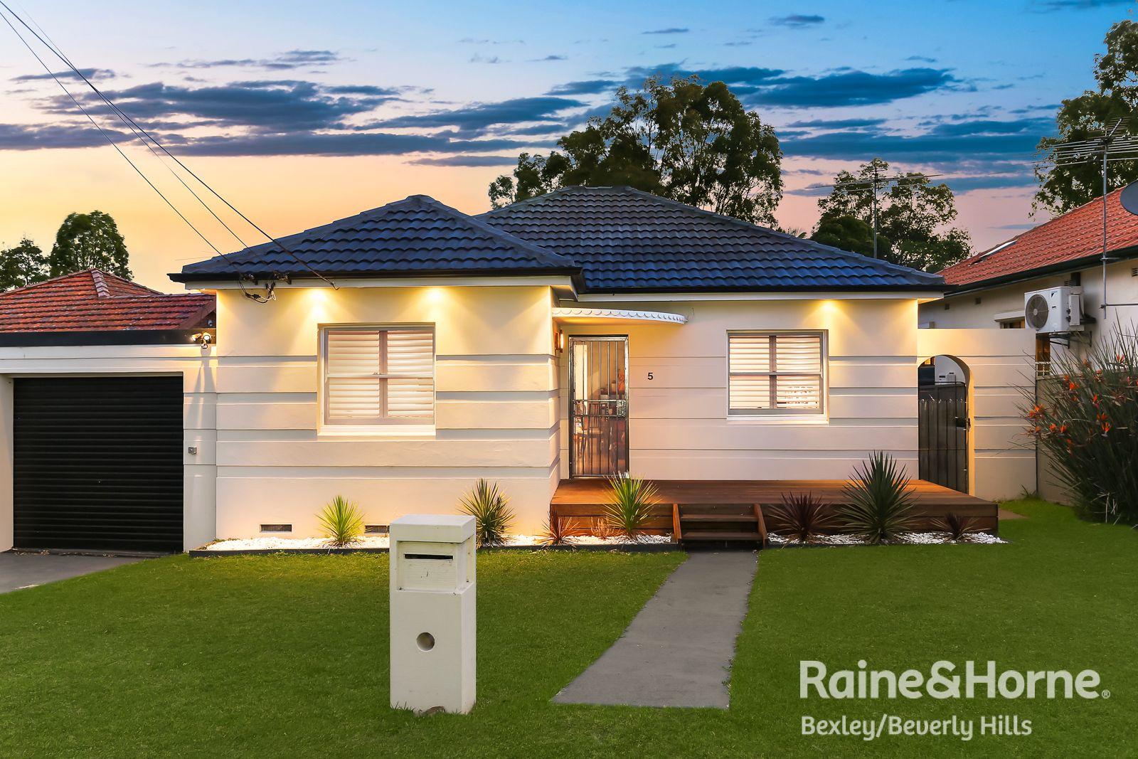 5 Bungalow Road, Roselands NSW 2196, Image 0