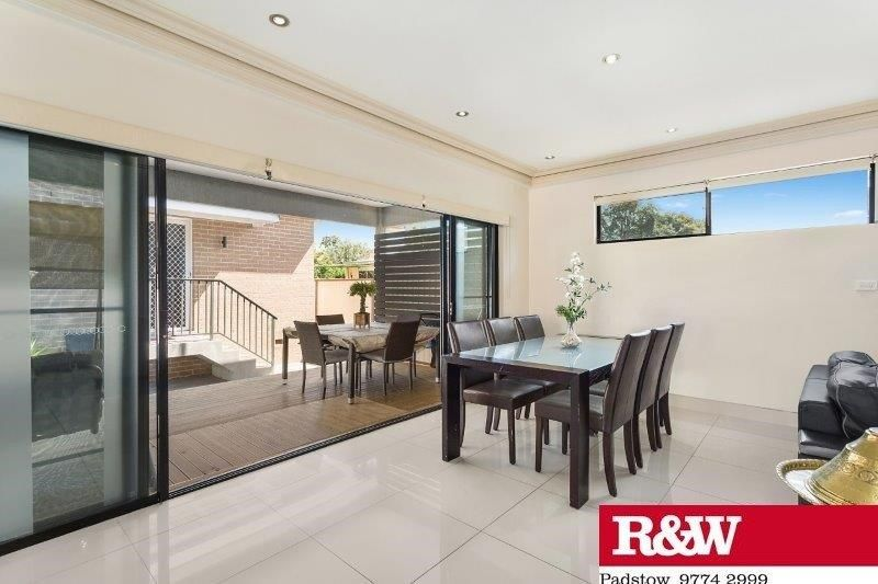 25 Burley Road, Padstow NSW 2211, Image 2