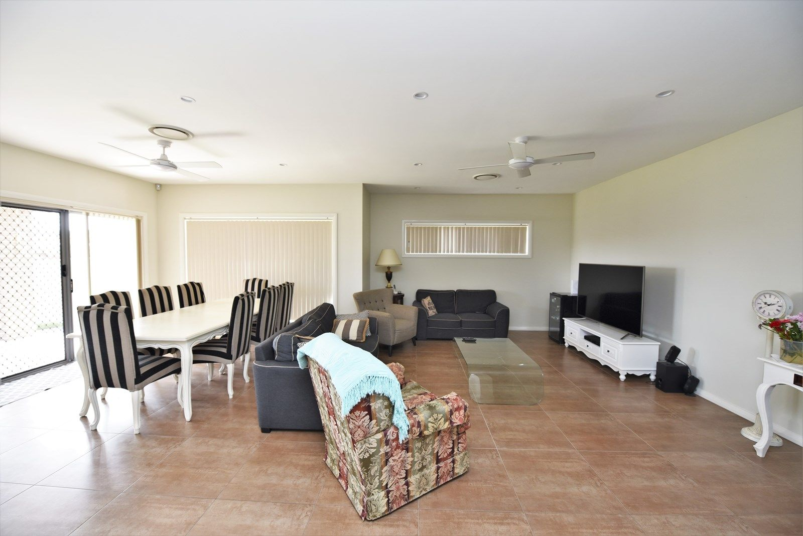 37 Fysh Avenue, Middleton Grange NSW 2171, Image 1
