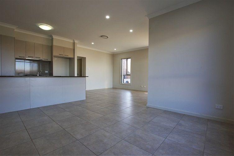 42 Spitzer Street, Gregory Hills NSW 2557, Image 2