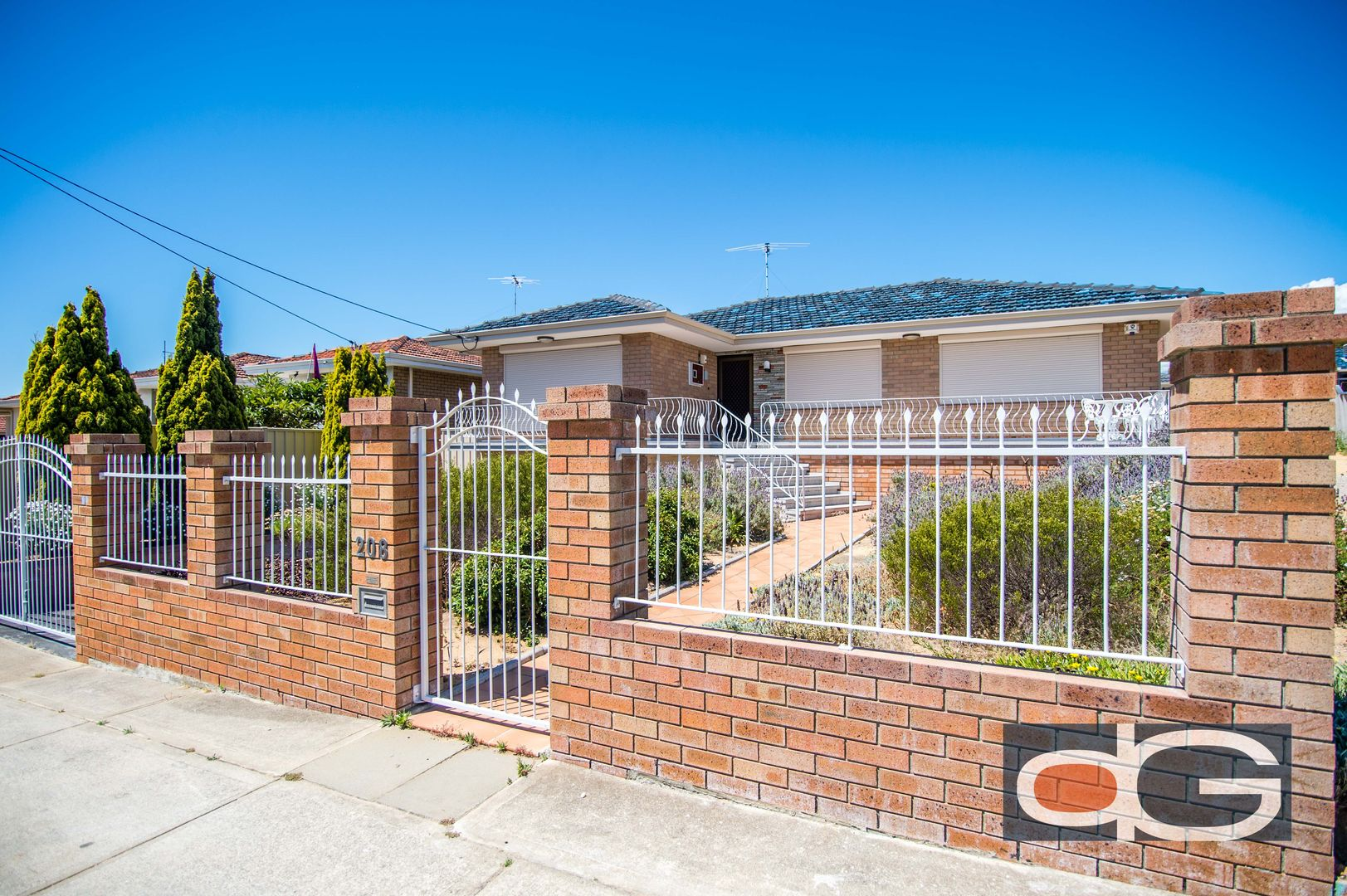 208 Rockingham Road, Hamilton Hill WA 6163, Image 0