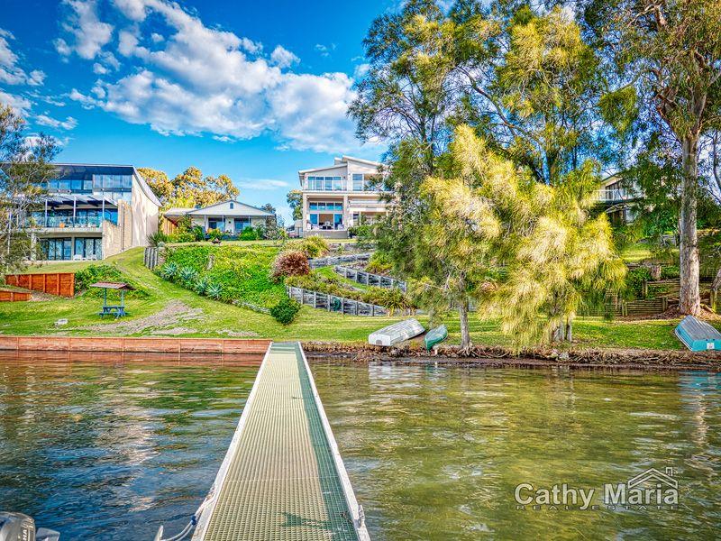 4 Bambury Avenue, Summerland Point NSW 2259, Image 1