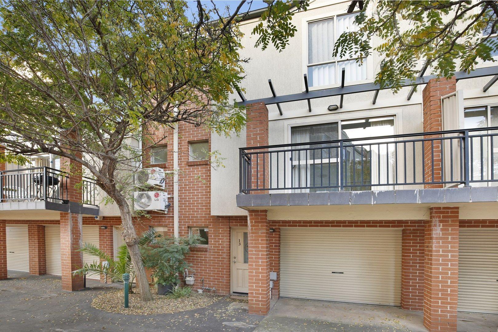 13/35 Bridge Street, Coniston NSW 2500, Image 0
