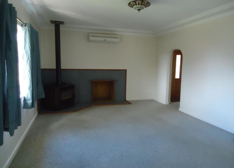 9 Stephenson Street, Crookwell NSW 2583, Image 1