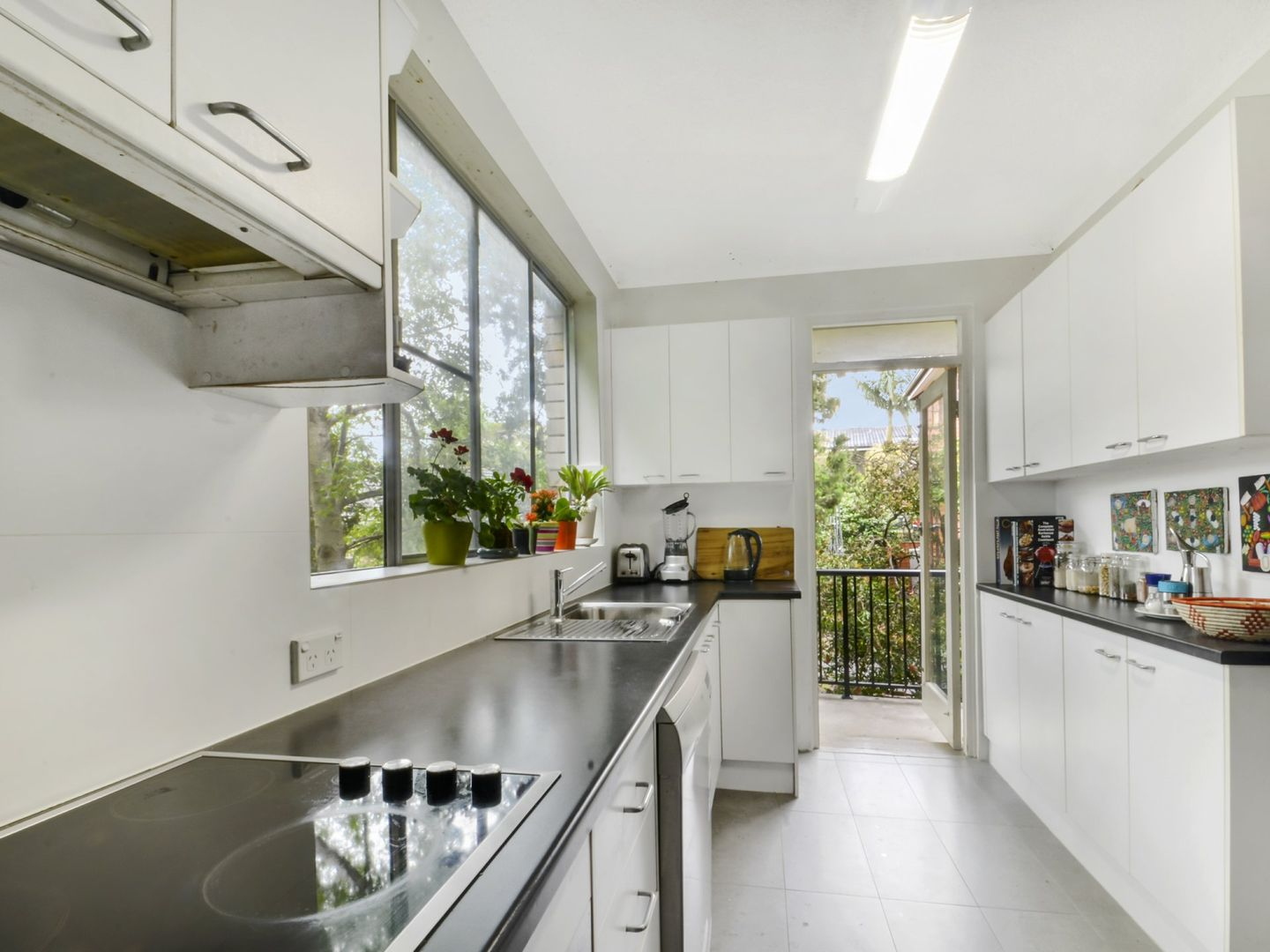 2/102 Burns Bay Road, Lane Cove NSW 2066, Image 0