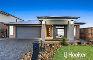 Picture of 8 Featherdown Way, Clyde North VIC 3978