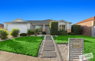 Picture of 6 Panmure Court, Berwick VIC 3806