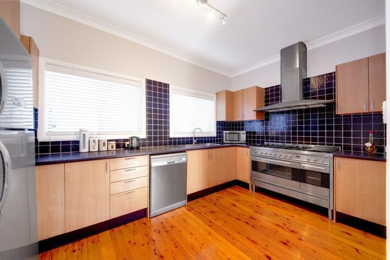 43 Thomas Street, Picnic Point NSW 2213, Image 2