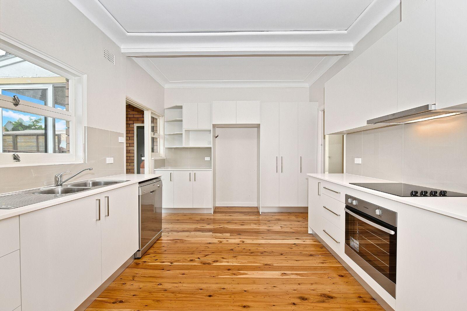 6 Rhonda Place, Concord NSW 2137, Image 0