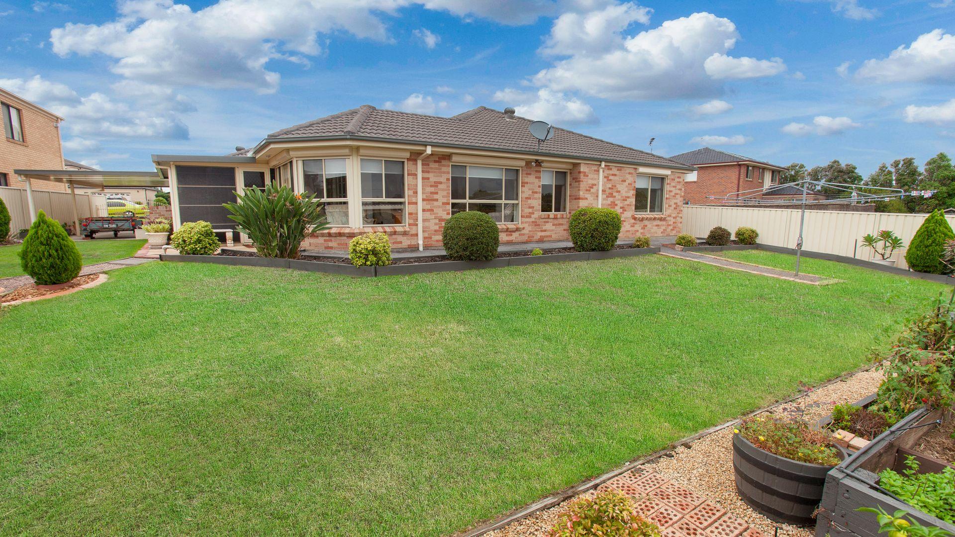 259 Somerset Dr, Thornton NSW 2322, Image 2
