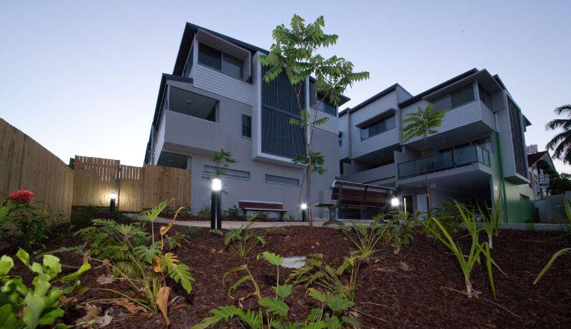 4/100 GLENLYON ST, Gladstone Central QLD 4680, Image 0