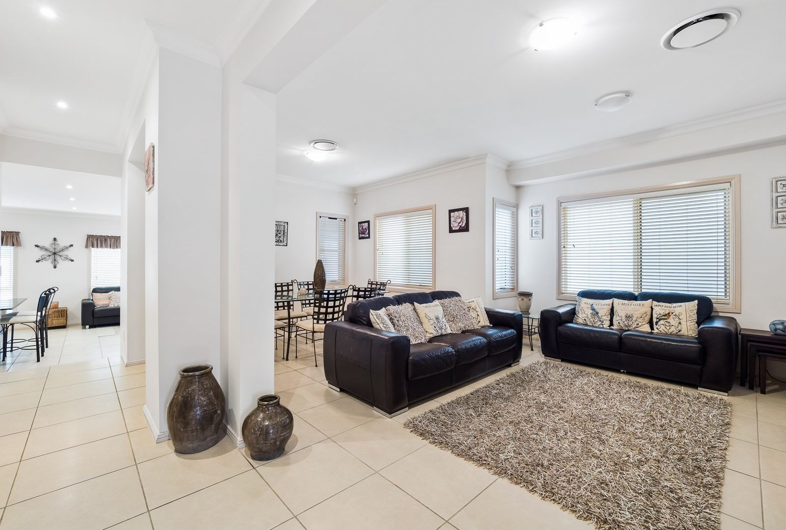 37 Linden Way, Bella Vista NSW 2153, Image 2