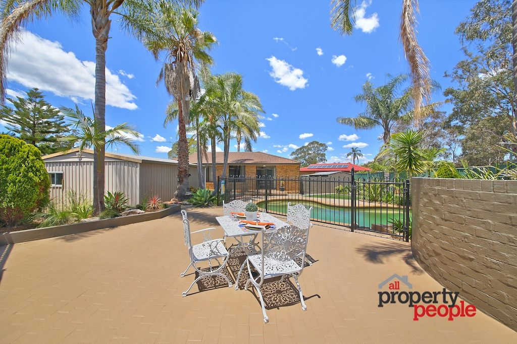 11 Bramble Place, Macquarie Fields NSW 2564, Image 2
